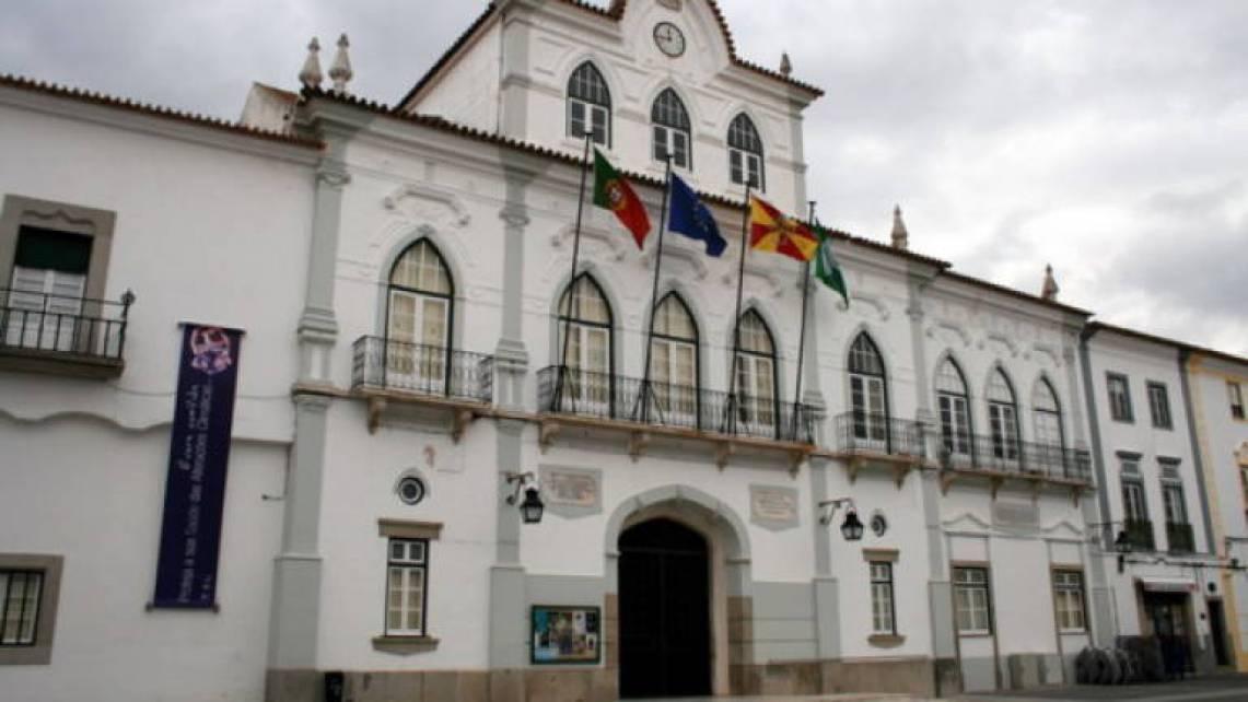 Resultado de imagem para Câmara Municipal de Évora adota medidas preventivas relativamente a COVID 19